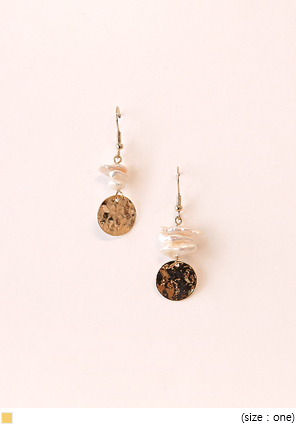 [JEWELRY] GOLD CIRCLE PEARL DROP EARRING
