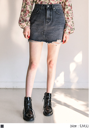 [SKIRT] DAMAGE BLACK DENIM MINI SKIRT