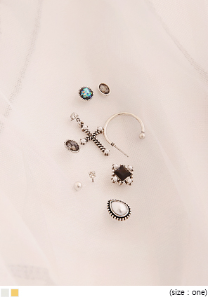 [JEWELRY] 8 TYPE ANTIQUE EARRING SET