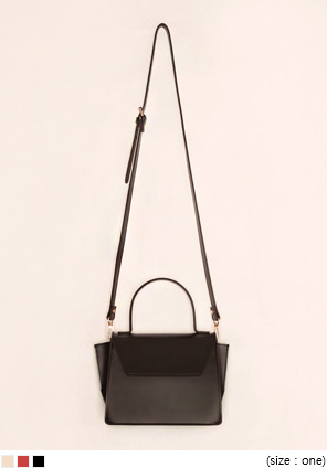 [BAG] RICHA SQUARE LEATHER BAG