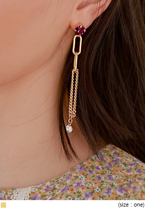 [JEWELRY] GOLD CHAIN UNBAL DROP EARRING