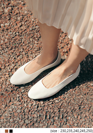 [SHOES] MERE COWHIDE FLAT SHOES