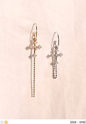 [JEWELRY] DOS CROSS UNBAL DROP EARRING