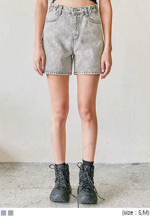 [BOTTOM] VOID BUTTON DENIM SHORTS