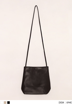 [BAG] SOELL SQUARE LEATHER BAG