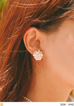 [JEWELRY] PICO FLOWER PEARL EARRING