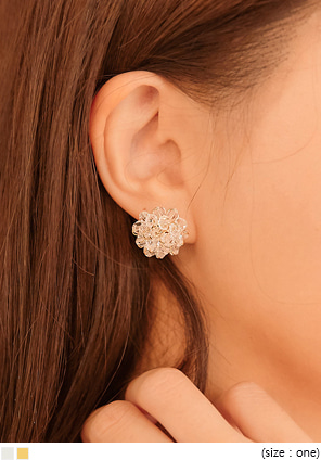 [JEWELRY] LYNN FLOWER BEADS EARRING