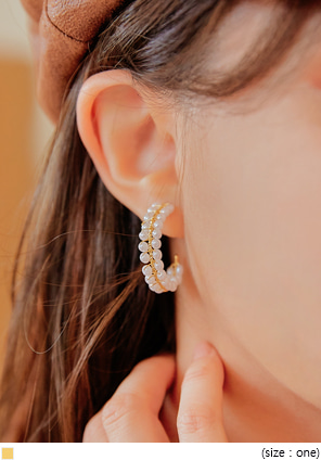 [JEWELRY] ELLAS PEARL GOLD RING EARRING