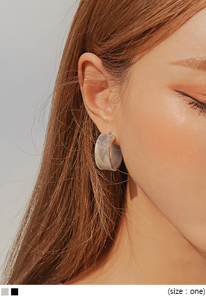 [JEWELRY] MATT MARBLE RING EARRING