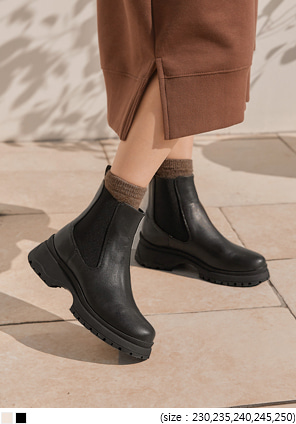 [SHOES] VERNON CHUNKY CHELSEA BOOTS