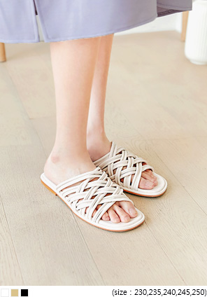 [SHOES] BENOA TWIST STRAP SLIPPER
